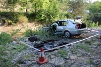 Kastamonu'da Hastaneden Dönen Ailenin Otomobili Çaya Uçtu Açıklaması 3 Ölü, 3 Yaralı
