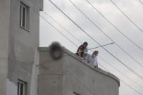 YÜKSEK GERİLİM - Adana'da korkunç ölüm!