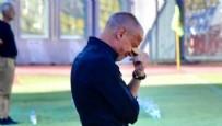 SAYGI DURUŞU - İtalyan teknik adam gözyaşlarına boğuldu