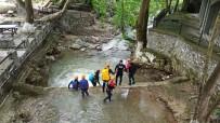 Arama Çalışmalarında Sel Alarmı... Yağış Başladı Ekipler Bölgeden Çıkartıldı