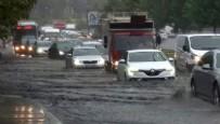 DOLU YAĞIŞI - İstanbul'da sağanak ve dolu yağışı!