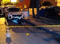 Küçükçekmece'de Yol Verme Kavgasında Silahlar Konuştu Açıklaması 3 Yaralı