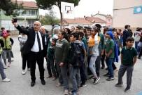 Yenişehir Belediyesi'nden Sınava Gidemeyen Öğrencilere Özel Araç