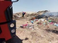 Çöplük Alanda Çıkan Yangın Vatandaşı Rahatsız Etti, İtfaiye Ekipleri Kısa Sürede Söndürdü
