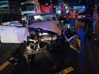 Küçükçemece Basın Ekspres'te Feci Kaza Açıklaması 1 Ölü, 2 Yaralı