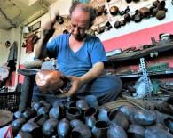 (Özel) Dedelerinin Esir Düşüp Çancılığı Öğrendiği Yunanistan'a Şimdi Çan İhraç Ediyorlar