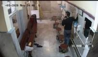 İBADET - Camide şaşırtan hırsızlık! Abdesthaneye girdi ve...