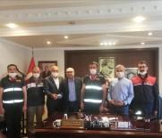 Fabrika Yangınına Müdahale Eden Devrekani Belediyesi Personeli Ödüllendirildi