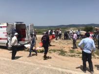 Manisa'da 2 Otomobil Çarpıştı Açıklaması 4 Yaralı