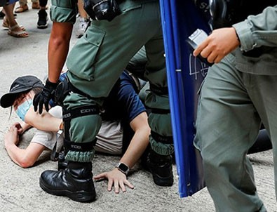 Şehir yine karıştı! 300'den fazla gözaltı!