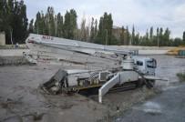 Ağrı'da Sel Felaketinde İşçiler Ölümle Burun Buruna Geldi