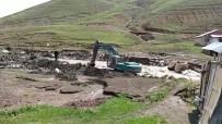 Ağrı'da Köyler Sele Teslim