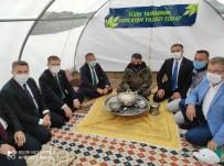 Başkan Akay, 'Buğday İle Koyun Gerisi Oyun'