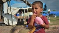 Genç Kızılay Bursa Mutluluğu Çadır Kentin Çocukları İle Paylaştı