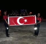 İtfaiye Ekipleri Türk Bayrağını Yerde Bırakmadı
