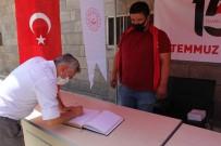 Isparta'da 15 Temmuz Anı Defteri Standı Açıldı