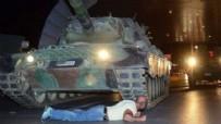 ŞEHADET - 15 Temmuz Kelime-i şehadet getirip tankın altına yattım