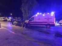 Ambulans İle Otomobil Çarpıştı Açıklaması 1 Ölü, 6 Yaralı