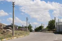 Bu Da Türkiye'nin 'Direkli Köyü'
