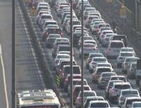 TRAFİK YOĞUNLUĞU - Haliç'te trafik yoğunluğu! İBB çalışması nedeniyle trafik kilitlendi