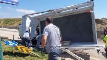 Kastamonu'da Traktör İle Kamyonet Çarpıştı Açıklaması 2 Yaralı