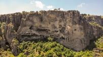 (Özel) İnönü Mağaraları Tarihi Ve Doğasıyla Görenleri Hayran Bırakıyor