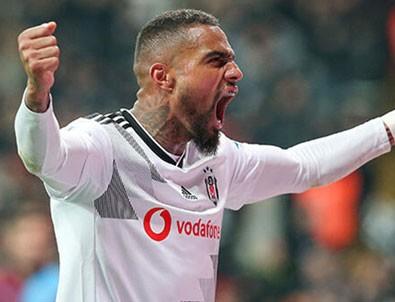 Beşiktaş'ta ayrılık! Takım arkadaşlarıyla vedalaştı!