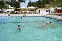 İnönü Havuzlarının Doğal Kaynak Suyunda Serinleme Keyfi