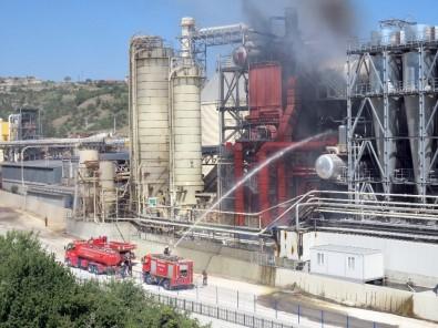 Kastamonu'da Ağaç Ürünleri Üreten Fabrikadaki Yangın Korkuttu
