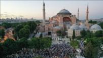 KÜLTÜR VE TURİZM BAKANI - Ayasofya Camii'nde ilk Cuma namazı kılındı