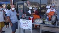 Ayasofya-İ Kebir Cami-İ Şerifin İbadete Açılması Nedeniyle Lokma Ve Pilav Dağıtıldı
