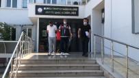 Maske Ve Şapkayla Yüzünü Kapatıp Okulların Atatürk Büstlerini Böyle Çaldı