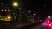 Küçükçekmece'de Metrobüsün Motorunda Çıkan Yangın Söndürüldü