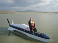 (Özel) Denizde Gidebilen Yüksek Hızlı Araç Yaptı, Köylüler 'Füze Gördük' İhbarında Bulundu