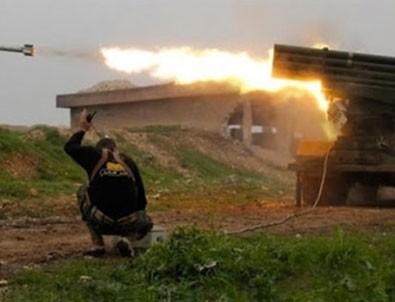 Bağdat'ta askeri üsse roketli saldırı!