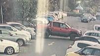 Çaldığı Aracı 'Çarpışan Araçlar' Gibi Kullandı