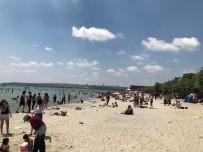 Plajlara Akın Eden Vatandaşlar, Sosyal Mesafeyi Hiçe Saydı