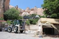Kapadokya'da 4 Kaçak Yapı Yıkıldı