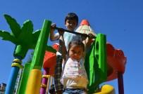 Bünyan'da Çocuklar Yeni Oyuncaklarından Memnun