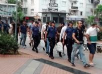 YAKALAMA KARARI - Mersin'de sahte iddaa kuponu dolandırıcılarına baskın