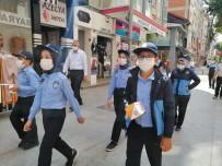 Temizliği Bahane Edip Maske Takmayan Esnafa Çocuk Zabıtadan Tepki Açıklaması 'Temizlik Bahane Değil Maskenizi Takın'