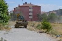 Bünyan'da Temizlik Apartman Bahçelerinde Devam Ediyor