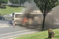 SAĞLIK EKİBİ - İstanbul'da yolcu otobüsünde yangın!