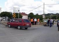 Samsun'da Otomobil İle Motosiklet Çarpıştı Açıklaması 2 Yaralı