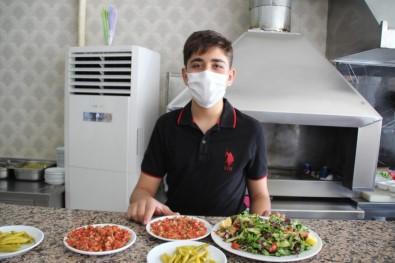 (Özel) Özel Kursa Gitmedi, Ailesinin İşlettiği Lokantada Çalıştı, LGS'de Türkiye 1'İncisi Oldu