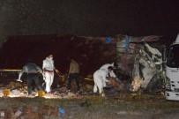 DİNAMİT - Patlayıcı yüklü kamyon devrildi: 2 ölü