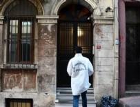 MIDE BULANTıSı - İstanbul Beyoğlu'ndaki otelde ölü bulunan 2 turistin ölümündeki sır perdesi aralandı