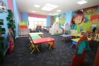 Başkan Özdoğan, Çocuk Kütüphanesi'nde İncelemelerde Bulundu
