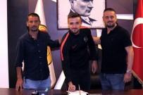 Kaleci Melih'ten Eskişehirspor'a 3 Yıllık İmza