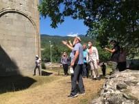 Arkeolojik Kazı Çalışması Başlatılan Tarihi Tibet Kilisesini Gürcistan'ın Ankara Büyükelçisi'nden Ziyaret